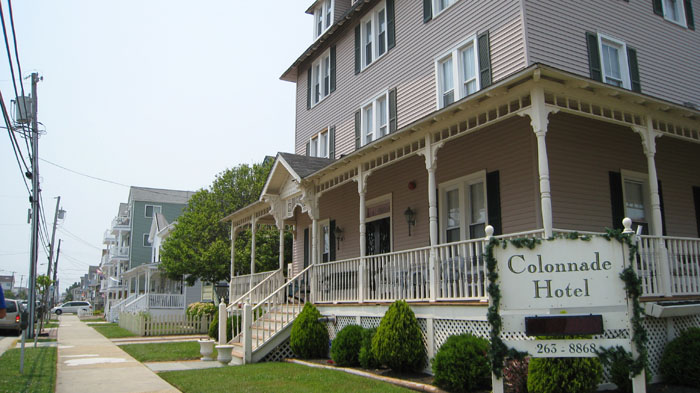 Historic Colonnade Hotel